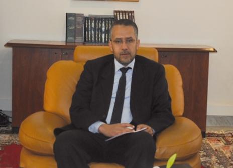 """قِسم الحكومة.. وزراء ضد """"المعلم"""" الشوباني بسبب لائحة الغياب"""