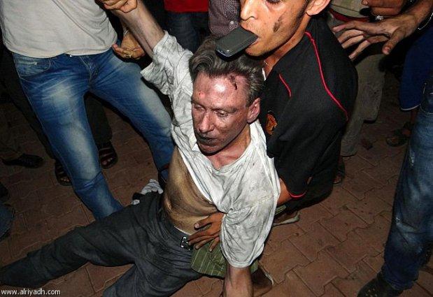 مقتل السفير الأمريكي في ليبيا.. القصة الكاملة