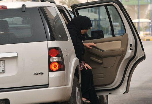 السعودية.. شيفور يغتصب طبيبة أسنان كانت في طريقها إلى المسجد
