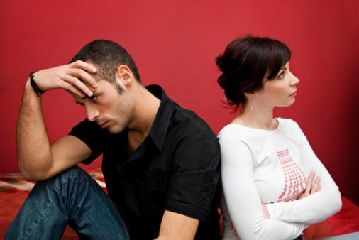 أسباب الصداع.. قائمة المواضيع التي تثير جدلا بين الازواج!!