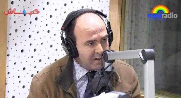 بنشماش يروي قصة سيارته وسيارة رئيس الحكومة ويقول: واش أنا بقيت بلا شغل حاضي بنكيران؟ (فيديو)