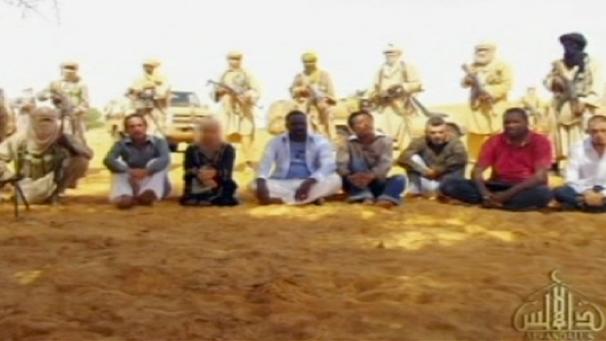 الجزائر.. مقتل 25 رهينة