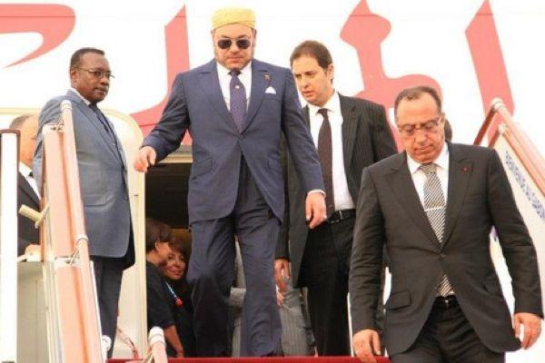 إلى جانب مولاي رشيد.. ولي العهد يرافق الملك إلى تونس