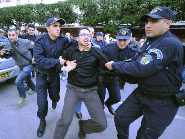 الجزائر.. تظاهر جديد لحركة (بركات)