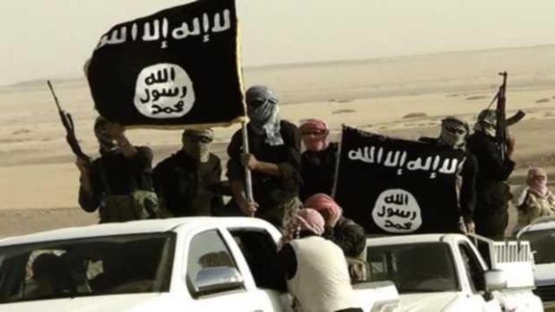 داعش.. الإعلان عن وظائف شاغرة لمهندسي البترول!!