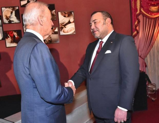 فاس.. الملك يستقبل نائب الرئيس الأمريكي
