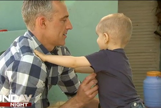 ولد بدون أنف ولا عينين ولا فك سفلي.. الطفل يحيى يغادر المستشفى بعد عملية تجميل في أستراليا