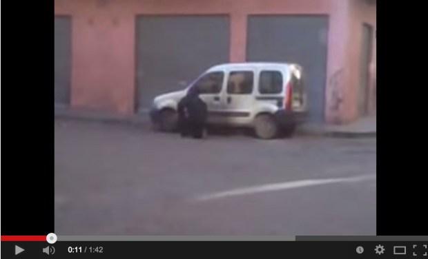 كازا.. حقيبة تستنفر الأمن (فيديو)