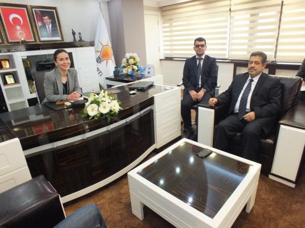 تركيا.. شباط يوقع اتفاقيات تعاون مع العدالة والتنمية