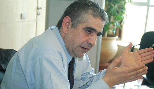 اليزمي: من حق السياسيين معارضة توصية المساواة في الإرث