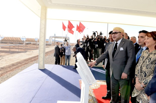 """صحيفة """"الخبر"""" الجزائرية تمدح المغرب وتكتب: ضمنا إليك أيها الملك!!"""