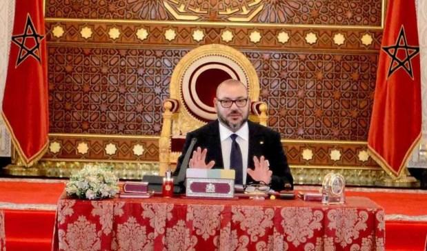 """المجلس الوزاري.. الملك بـ""""لوك"""" جديد (صور)"""