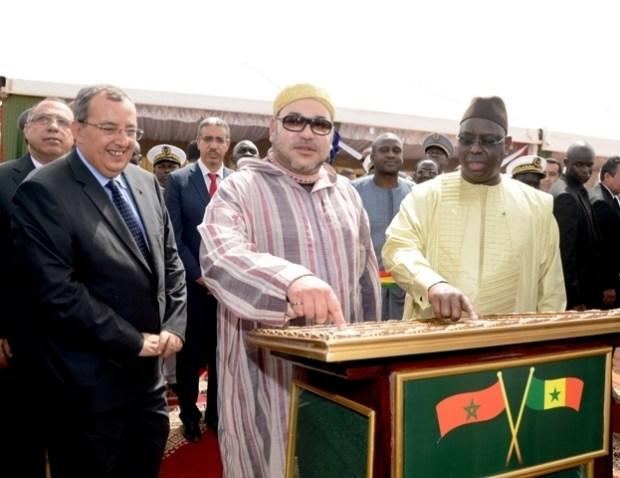 سابقة.. الملك يوجه خطاب المسيرة من السنغال