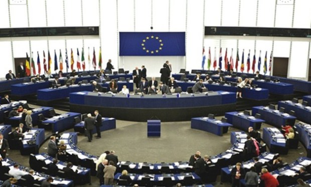البرلمان الأوروبي.. البوليساريو والجزائر تصيدو