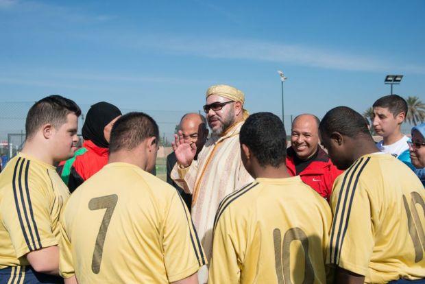 مراكش.. الملك يدشن منتزه أكدال ومسبح المحاميد