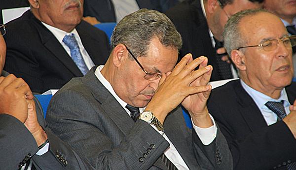 الحركة الشعبية..  لا زربة على امحند العنصر!