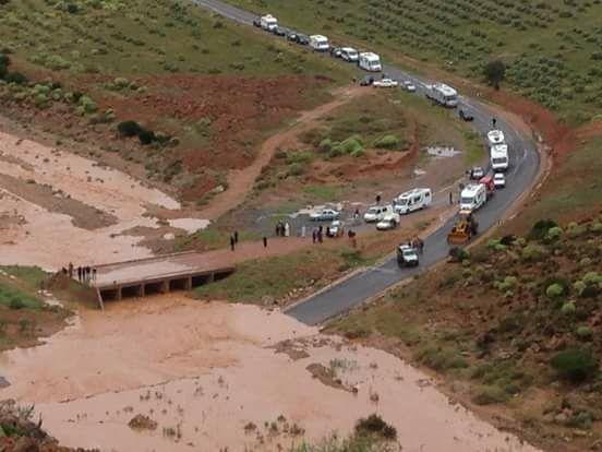 بسبب ارتفاع مستوى المياه في بعض الوديان.. فيضانات في كلميم وسيدي إفني (صور وفيديو)
