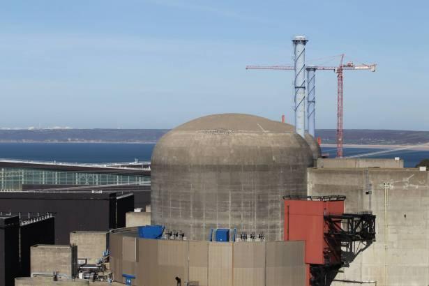 فرنسا.. 5 مصابين في انفجار محطة نووية