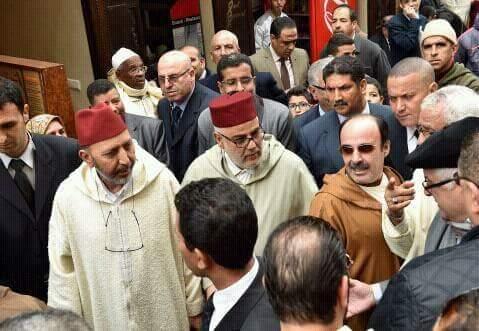 بحضور الأميرين مولاي الحسن ومولاي رشيد.. تشييع جنازة امحمد بوستة في مراكش (صور)