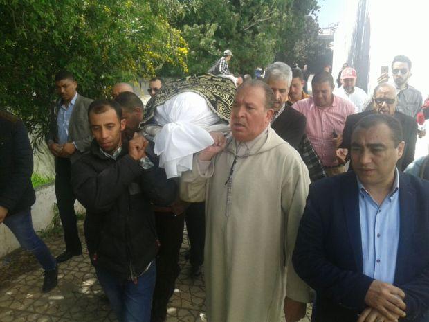 مقبرة الشهداء/ كازا.. تشييع جثمان البرلماني المقتول (صور)