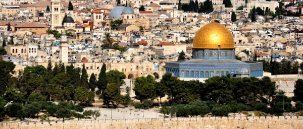 ضمن وفد مغاربي.. 5 مغاربة يسافرون إلى القدس بحثا عن السلام!