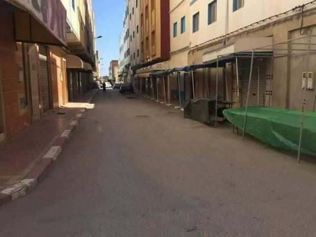بالصور.. أرباب محلات تجارية يستجيبون لدعوة الإضراب العام