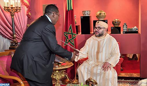 لزيارة السودان.. الرئيس عمر البشير يوجه دعوة إلى الملك محمد السادس