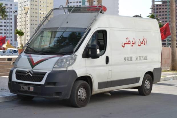 البوليس في الحسيمة: ما راج حول دهس سيارة أمن أحد المحتجين في إمزورن غير صحيح