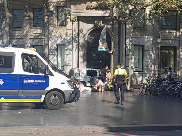 إسبانيا.. قتلى وجرحى في حادث دهس بشاحنة