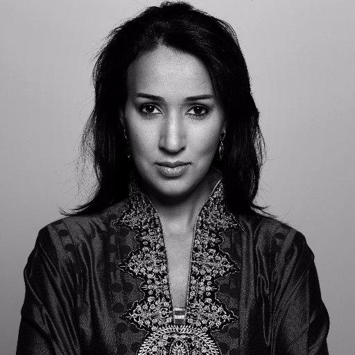 من بعد ما ساگت فـ2011 وشدوها البوليس.. ناشطة سعودية باغية ترجع باش تسوگ بالعلالي!
