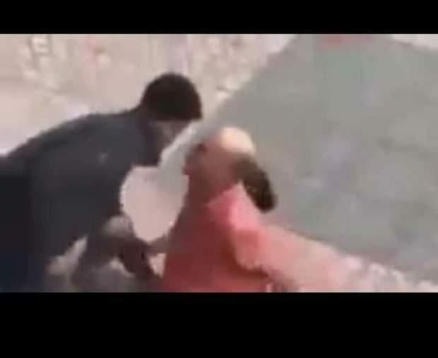 بعد ما هرب لفاس.. البوليس شد الشفار اللي بان ففيديو كيكريسي رجل كبير فكازا (فيديو)