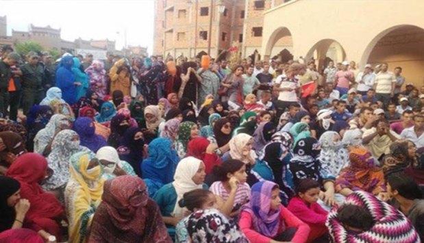 أصيب فيها رجال أمن.. مسيرة ضد العطش في زاكورة
