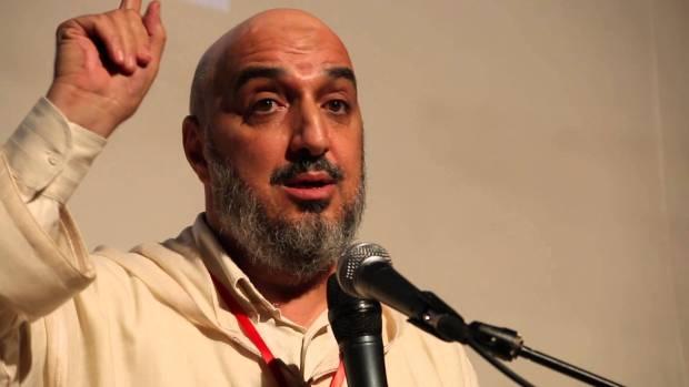 """البيجيدي وعقدة موليير.. المقرئ أبو زيد الإدريسي يصف """"أبناء النخبة الفرنكوفونية"""" بمتوسطي الذكاء!"""