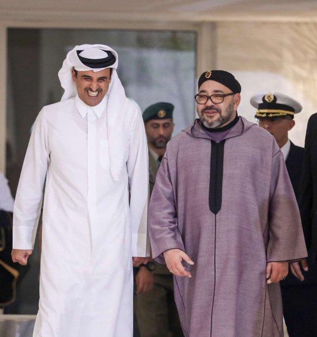بالصور من قطر.. مباحثات بين الملك والشيخ تميم