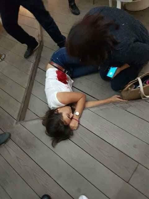 """الفتاة ضحية """"مقهى الجريمة"""" في مراكش.. رصاص في البطن والأمعاء والمعدة والكبد (فيديو)"""