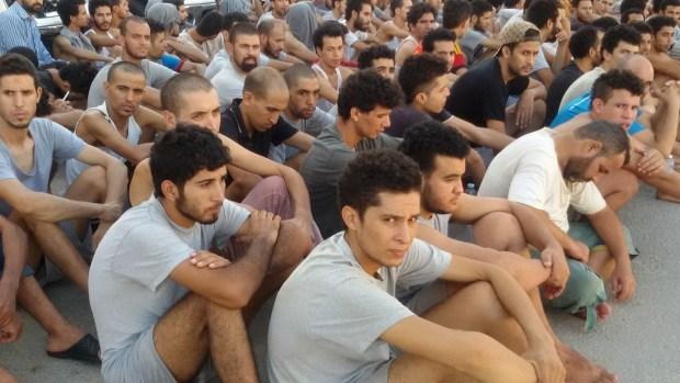 تأخر عودة مغاربة عالقين في ليبيا.. جهاز مكافحة الهجرة الشرعية في طرابلس يحمل السلطات المغربية المسؤولية