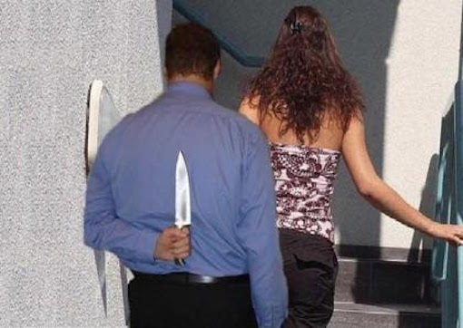 قُطعت جثتها بمنشار إلى 10 أجزاء.. الغيرة سبب قتل مغربية في إيطاليا
