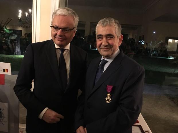 وشحه وزير الخارجية البلجيكي.. وسام رفيع لإدريس اليزمي