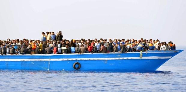 عيش نهار تسمع خبار.. فتوى رسمية في الجزائر تحرم الهجرة السرية!