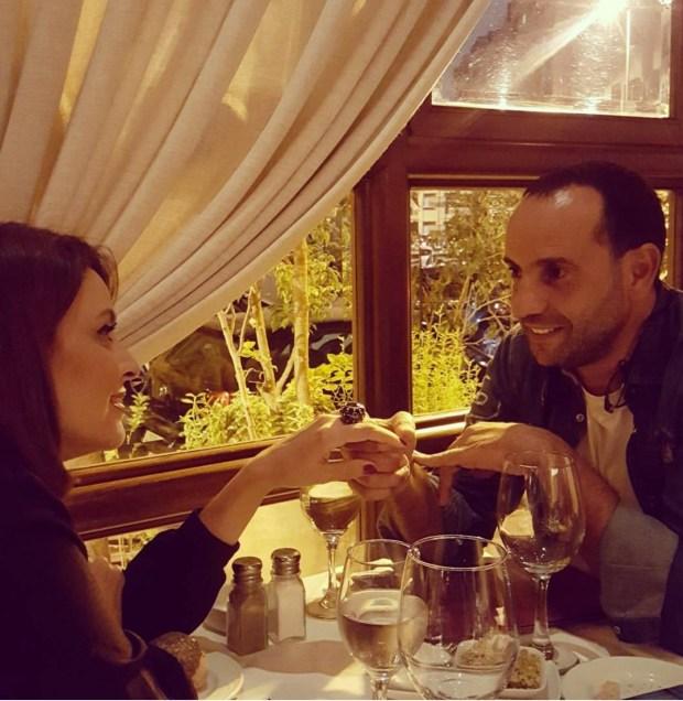 كوبل مثالي.. فاطمة خير وسعد التسولي في لحظة رومانسية