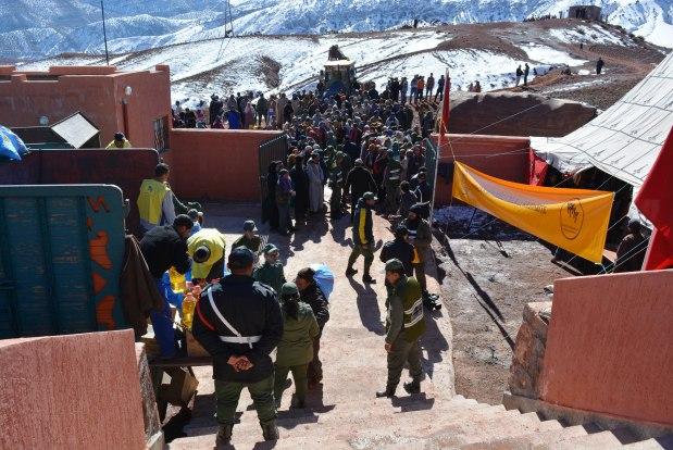 إقليم إفران.. مساعدات لحوالي 1100 أسرة تعاني بسبب البرد