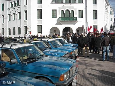 تطوان.. الطاكسيات دايرين إضراب بسبب أسعار المحروقات
