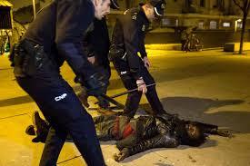 بعد وفاة غامضة لسينغالي.. اشتباكات بين البوليس ومهاجرين أفارقة في مدريد