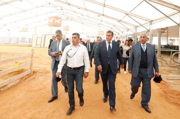 بالصور من مكناس.. أخنوش كيوجد للمعرض الدولي للفلاحة