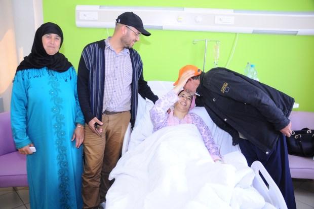 بالصور والفيديو من مراكش.. سيدة ولدات ستة ديال التوام