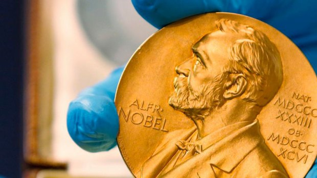 حتّى أكاديمية نوبل فيها هادشي..  فضائح جنسية بالجملة