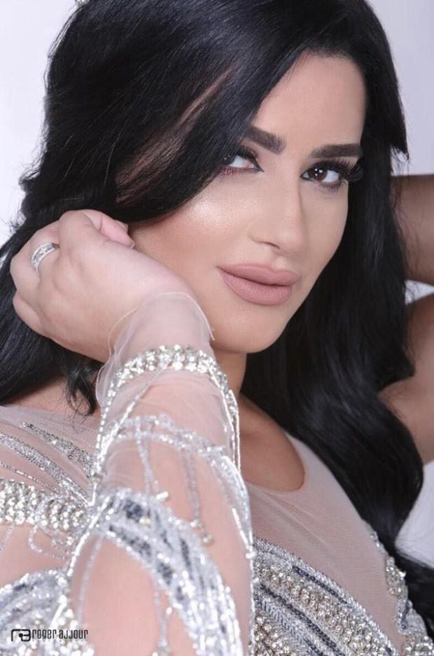 رشا السباعي.. الجمال في خدمة الأيتام (صور)