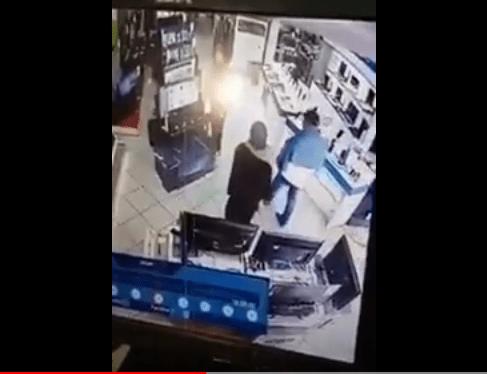 بالفيديو.. كوبل شداتو الكاميرا كيشفر تليفون