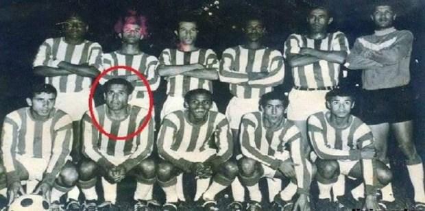 """توفي في أمريكا.. رحيل """"حمان"""" أول لاعب مغربي يسجل في المونديال"""