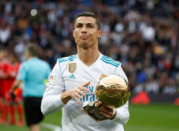 المونديال والكرة الذهبية.. توقعات رونادرو